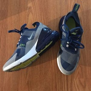 Nike Air MAX 270 sneaker. Royal blue/gray/green.